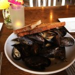 Bowl o' Mussels had great flavors. Toast comes in handy for soaking the broth. :)