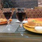 """чебуреки и домашнее вино """"Кинза"""""""