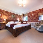 Lady Mary Suite - Bedroom