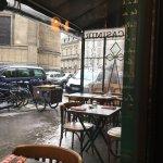 La terrasse : zut il pleuvait