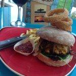 superb 10 oz Burger
