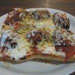 Meatball pizza bread
