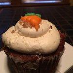 Carrot cake cupcake. Good.
