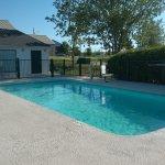 Nice little pool.