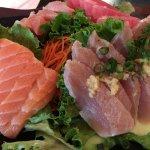 Foto de Sushi Deli 2 Restaurant