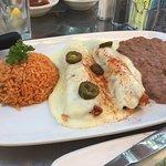 Mena's Grill