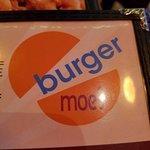Zdjęcie Burger Moe's