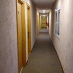 pasillo a las habitaciones