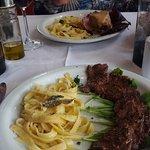 Ótimas combinações de carnes e massas.