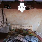 bed and canopy in room 304 (baobab)
