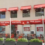 Bild från Five Guys Burgers and Fries
