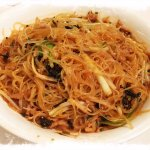 Vermicelli with sauteed vegetables