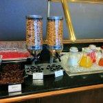 Buffet breakfast 4