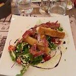 Salade de chèvre caramélisés aux pommes et lard