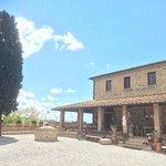 Photo de Agriturismo Santa Vittoria