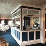 Bar service plus complimentary lemonade and ice tea