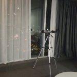 Photo de Meriton Serviced Apartments World Tower