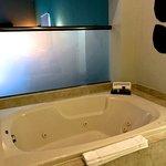 Room 1414-bath