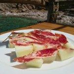 Vorspeise Melonen mit Serrano Schinken, ein bisschen lieblos