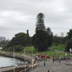 Foto di La passeggiata dal teatro dell'opera di Sydney ai giardini botanici