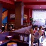 Interior. Restaurante especializado en comida mediterranea. Deseamos dar sabor a tu vida