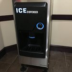 Push button ice dispenser ... no more scooping and cold hands