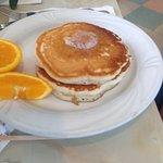 Short stack of pancakes