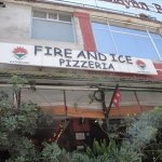 Fire and Ice Pizzeria Foto