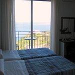 Una vista de la habitacion