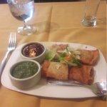 Right: the Chatapata Chicken Samosa appetizer at Saffron.