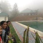Ayur County Resorts Resmi