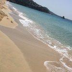 Foto de Makris Gialos Beach