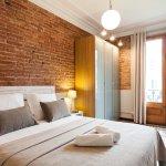 Photo de Aspasios Fuster Apartments