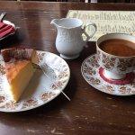Eierschecke mit frisch gebrühtem Bohnenkaffee - ein MUSS!