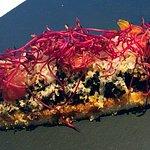 León barrio húmedo: tosta de morcilla, tomate y macadamia (Nuevos pintxos 2017)