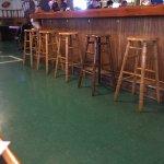 Beanie's Bar & Sports Grill