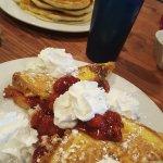 Photo de Julie's Park Cafe & Motel