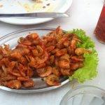 Meia porção de camarão frito