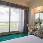 Deluxe Bay View Room - King