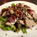 Salade folle aux noix de St Jacques et foie gras