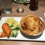 John's choice Steak & Ale Pie with Mash & Veg