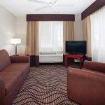 La Quinta Inn & Suites Santa Rosa Resmi