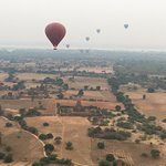Balloons over Bagan Foto