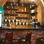 Ресторан Традиции в Щербинке - бар на первом этаже