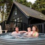 Pine Lodge Private Hot Tub