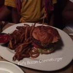 Kid's Bacon Cheeseburger