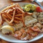 Seafood Sampler (Broiled)