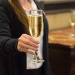 A Sparkling Reception at Ponte Vineyard Inn