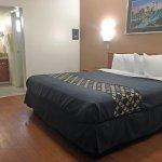 Americas Best Value Inn/Beaumont