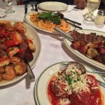 Foto de Tony's Di Napoli - Upper East Side